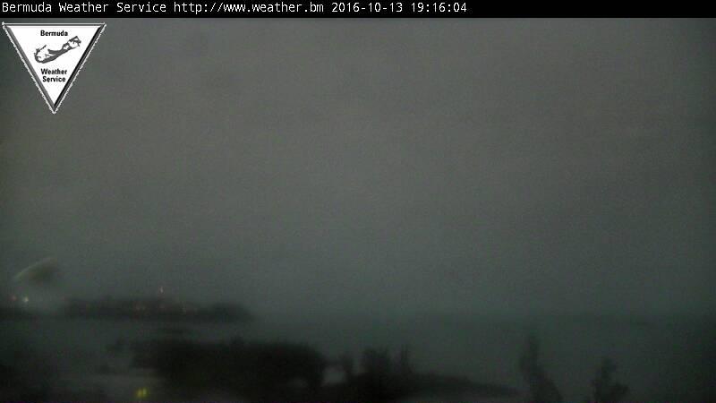 Bermuda Weather Service Webcam Recording of Nicole (2016) Approach